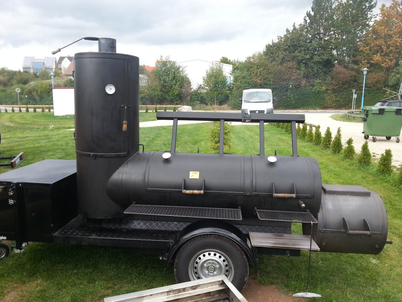 grillen mit smoker in n rnberg smoker catering smoker partyservice. Black Bedroom Furniture Sets. Home Design Ideas