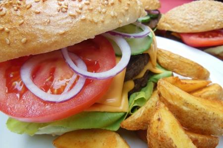 Hamburger Grillen von Grillmeister Pausch