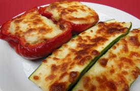 Gefüllte Zucchini und gefüllte Paprika von Grillmeister Pausch Nürnberg