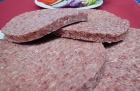Rohe Hamburger Patties aus 100% Rindfleisch von Grillmeister Pausch