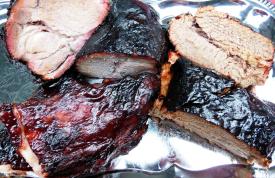 Beef Brisket und Pork Neck perfekt gesmoked